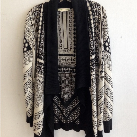 7f15d876d7c75 Urban Outfitters Sweaters - Staring At Stars Boho Tribal Sweater Shrug